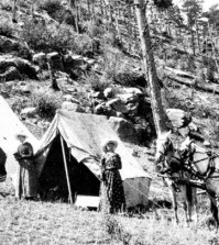 Small group of campers in the late 1800s near Estes Park. Photo Estes History Museum.